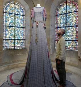 Expo  Les Grandes robes royales de l\u0027artiste camerounais Lamyne M. , Expos  , Africavivre
